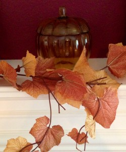 holiday pumpkin and leaves